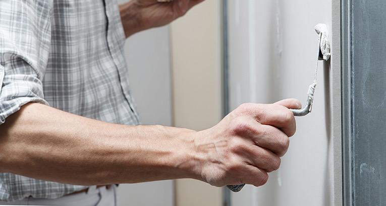 ¿Cómo tapar un agujero en la pared? Aprende las mejores formas