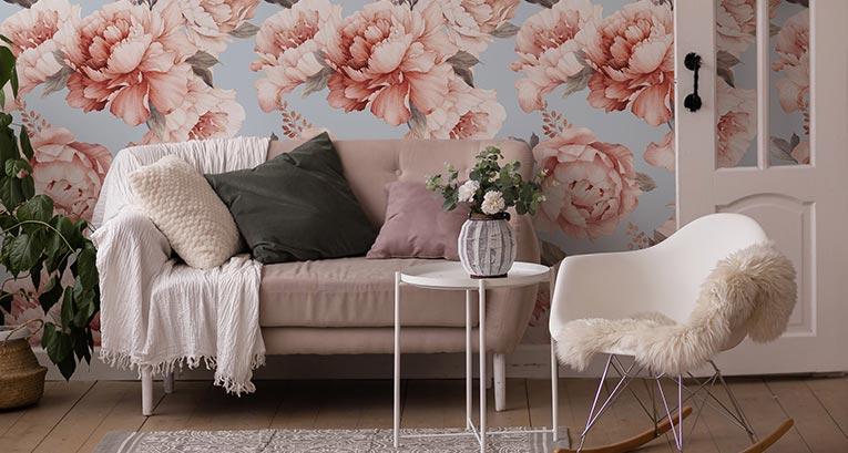 Fotomural con flores en la sala de estar - 7 diseños únicos que vale la pena considerar