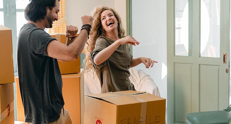 Primera mudanza de casa - ¿que llevar para estudiar y cómo decorar un nuevo apartamento?