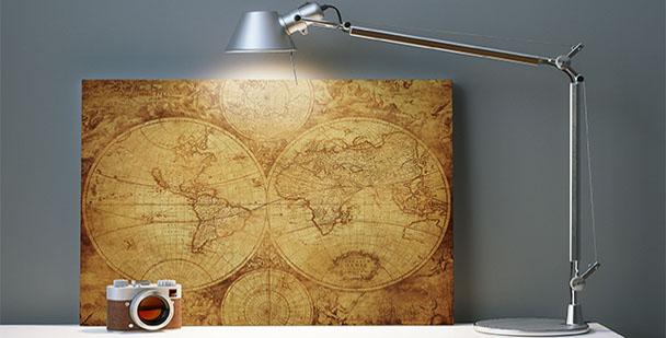 Cuadro con un mapamundi vintage