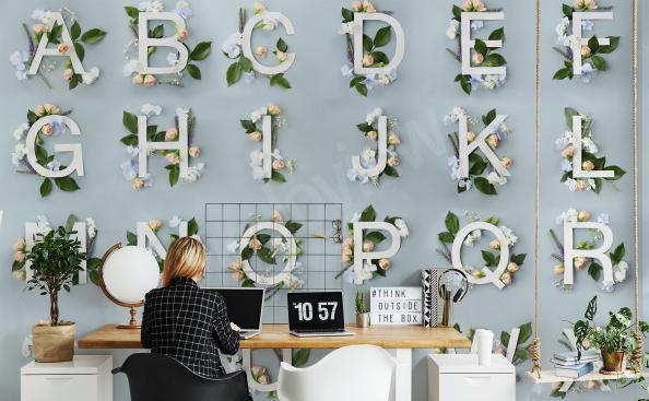Fotomural con el alfabeto para oficina
