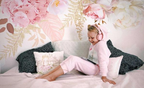 Fotomural para una niña - motivo floral