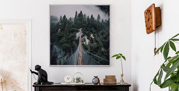 Póster espacioso con puente