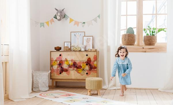 Vinilo mariposas para cuarto de niña